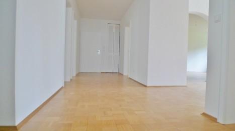 Flur einer Münchner 5 Zimmer Wohnung