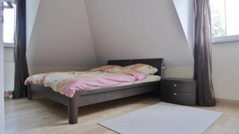 Schlafzimmer in moderner 2-Zimmer Dachgeschoss Wohnung