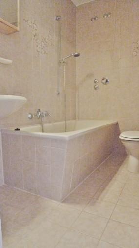 Modernes Badezimmer in einer 3-Zimmer Wohnung in München